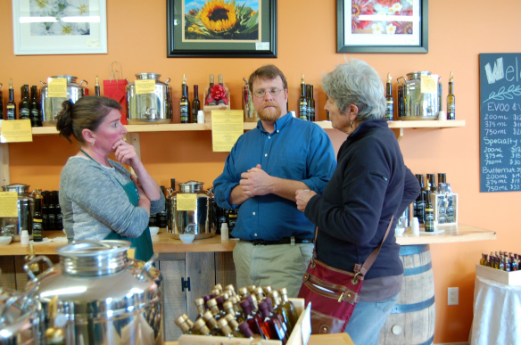 Monadnock Oil and Vinegar, LLC - Owners Kim and Korey talk to a customer
